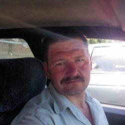 Парень ище девушку или женщину для секса без обязательств в Пятигорске