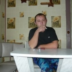 Парень ищу девушку для секса в Пятигорске